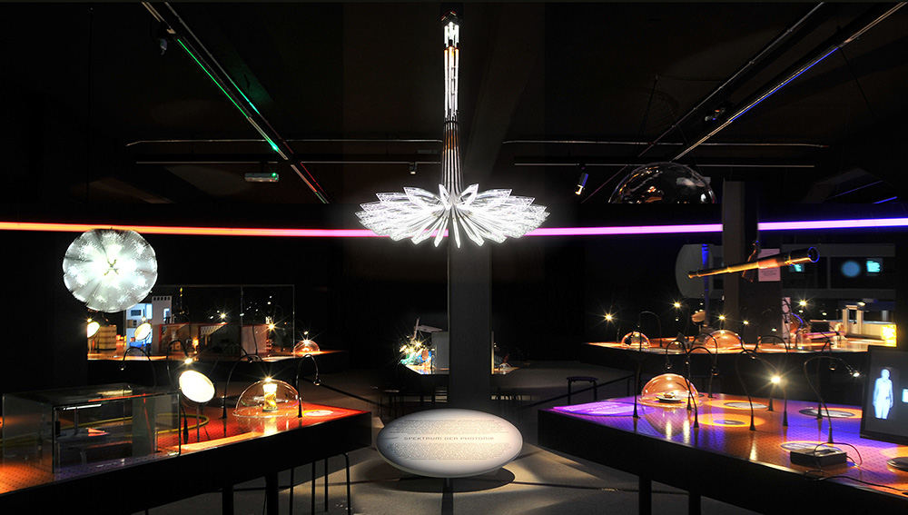 Design LED Leuchter Technische Sammlungen_1000